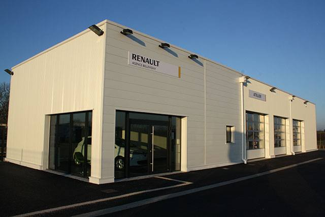 Le garage renault bellevigny et son quipe garage for Garage renault vendee